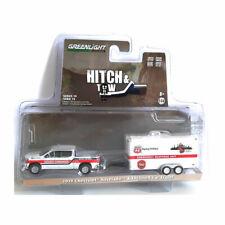 Greenlight 32190-D Chevrolet Silverado und Car Trailer - Hitch & Tow 1:64 NEU!°