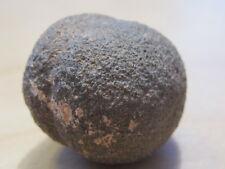zeer aparte edelsteen MOQUI bal (mannetje) (1)