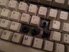 Amiga 1200 Stanndard keyboard keys/clips spring 1 each used in fair to gc