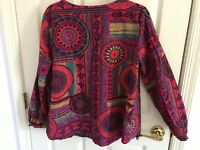 Woman's O-necue new elegance size XL multicolored cotton long sleeve top