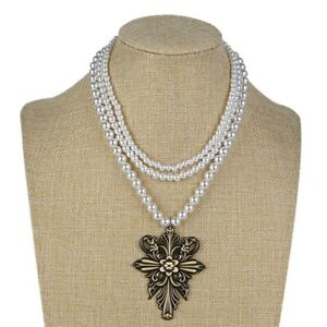 RESIDENT EVIL 8 Lady Alcina Dimitrescu Woman Pearl Necklace Cosplay Jewelry