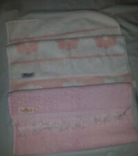 VTG CANNON MARTEX pink hand towels Daisy flowers solid pink with fringe