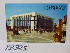VINTAGE POSTCARD 1967 MONTREAL CANADA EXPO 67 PICTURE BUILDING & PEOPLE