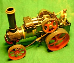 Scalecraft. 1=32nd scale Traction Engine. Electrical driven needs service.
