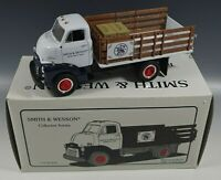 FIRST GEAR 1952 GMC FULL RACK STAKE TRUCK SMITH & WESSON 1/34 SCALE MIB