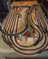 Große Fleischmann H0 Anlage, analog, auf teilbarer Platte montiert,2 Gleiskreise