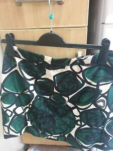 Ladies Zara patterned Co Ord Blouse And Skirt Suit Size ( L )