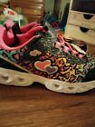Girl's Athletic Works Light Up Sneakers Size 3