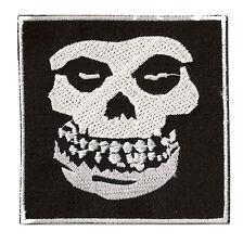 Écusson patch patche Skull Misfits Punk thermocollant brodé patch