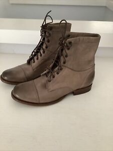 FRYE Women's Erin Workboot Soft Vintage Taupe Gray Leather Lace Up Boots 6 B