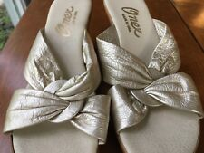 "Vintage 1970's Onex Gold 3"" Wedge Sandals, Made in USA, Mint, Size 8"