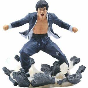 Bruce Lee Gallery Earth Statue - PRE ORDER