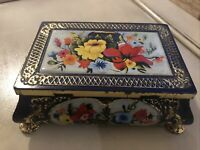 VINTAGE - FRICKE & NACKE TIN BOX - MADE IN WESTERN GERMANY - BLUE/GOLD FLORAL