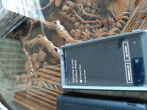 USED NOKIA LUMIA 920 WINDOWS PHONE IN OTTER BOX AT&T LOCKED