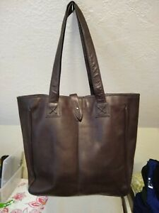 CLAVA Womens XL Brown Leather Tote NWOT NICE!!!
