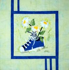 Daisies & Mouse Quilt sewing pattern  by Melanie Formway Chang
