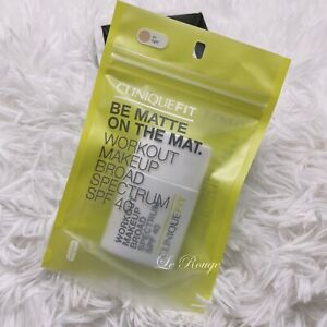 Clinique Fit Be Matte On The Mat Workout Makeup foundation SPF40 #01 LIGHT new