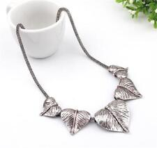 CG3714...SILVER PLATED & RHINESTONE LEAF NECKLACE - FREE UK P&P