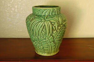 Spectacular Vintage Weller Pottery Marvo Flower Vase w/ Ferns Flowers & Foliage