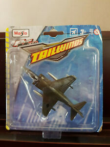 New Maisto Tailwinds Diecast AV-8B Harrier II Model