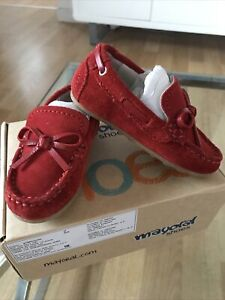 Mayoral Spanish NEW Size Euro Size 20, Uk Size 2 Boys Red Suede Loafer Shoe