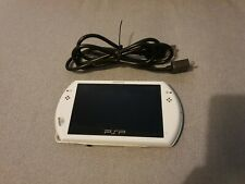 Sony PSP GO 16GB Handheld Console with Charging Cable Pearl White