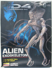LINDBERG 77312 - ID4 Independence Day ALIEN EXOSKELETON - Bausatz - Model Kit