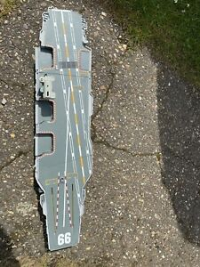 micro machines galoob military Aircraft carrier, 1998, 66