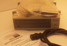 E-MU External SCSI CD-Rom CDrom E4XT E4 E6400 E64 E5000 ultra turbo ESI 32 4000