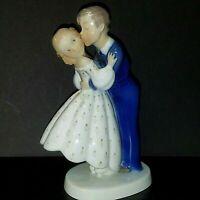"""Copenhagen Porcelain Figurine B&G Bing & Grondahl Denmark """"Steal a Kiss"""" 2162VN"""