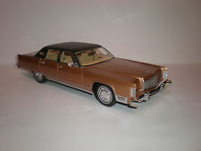 1/18 Bos Models 1975 Lincoln Continental Sedan brown LE of 1000