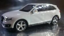 * Herpa 024044-002  Audi Q5 ® Pure White 1:87 Scale HO