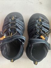 KEEN SANDALS Camping Hiking Playing Shoes  Toddler Size 9 Waterproof Navy