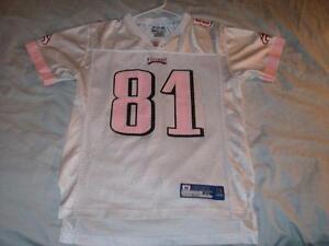Terrell Owens 81 Philadelphia Eagles NFL Reebok White Pink Scr Print Girls XL 16