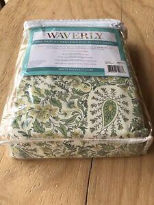"WAVERLY Curtain - Paisley Verveine Spring Curtain panel 52"" x 84"""