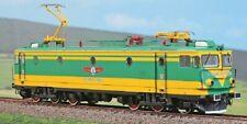 Amintiri Feroviarie 10024  Astra Trans Carpatic 060-EA serie 40  verde/gialla