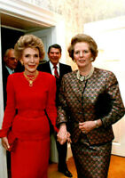 Nancy Reagan and Margaret Thatcher UNSIGNED photo - K3204 - Holding hands!!!!