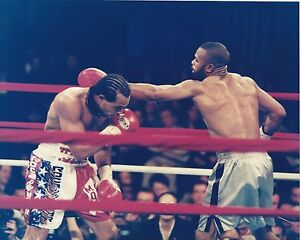 ROY JONES JR 8X10 PHOTO BOXING PICTURE THROWING A LEFT