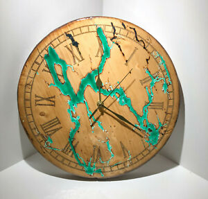 Orologio in legno da parete eff. lichtenberg  resina epossidica Diam: 30 cm   #1