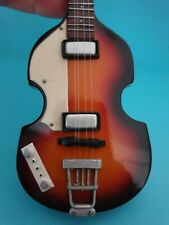 Miniature Guitar 🎵 BEATLES HOFNER BASS With Case Collector's 🎵 FAST POST