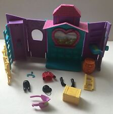 Polly Pocket Horse and Barn Stable Set