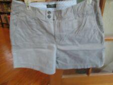 NWT Eddie Bauer Wm's Sz 16 Regular Light Stone Chino Shorts