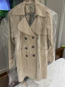 💜 Burberry Trench Coat Size XXL / AU Size 14-16.