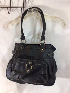 Cute Black 3 Divided Interior Pocket 1 Outside Pocket Shoulder Handbag pre-owned
