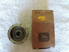 John Deere Housing R.H. for 110,112 Lawn Tractors AM33652 New Old Stock