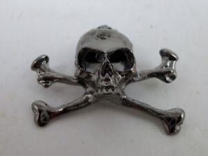 Gunmetal Skull & Crossbones Pin Brooch Punk Goth Heavy Metal Steam punk Pirate