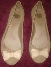 Melissa Beige Flats Shoes Sz 6 Women's