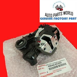 GENUINE TOYOTA 4RUNNER TUNDRA RAV4 GS IS LS DRIVER DOOR LOCK W/MOTOR 69040-0C050