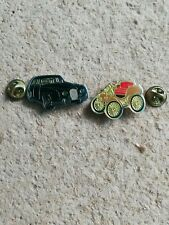 2 Pin's Pins voiture cars auto