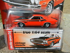 2016 AUTO WORLD 1:64 *PREMIUM 4B* Orange 1970 Dodge Challenger T/A *NIP!*
